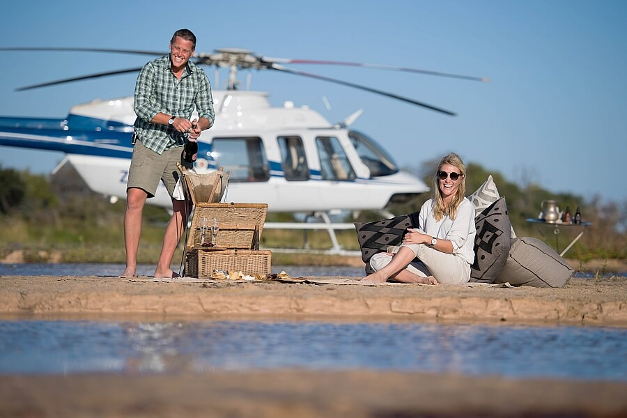 Botswana Helicopter Experience in the Delta